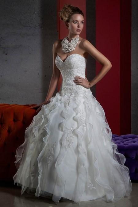 Vestiti Da Sposa Novara.Abiti Da Sposa Pastore Bridal Collezioni 2015